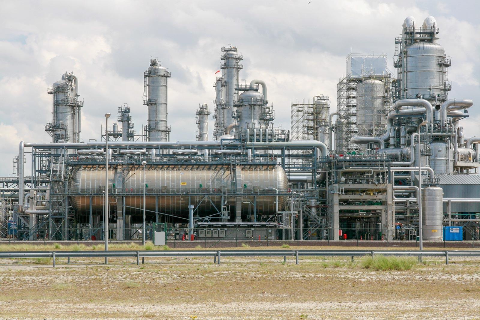Industrie op de Maasvlakte in Rotterdam