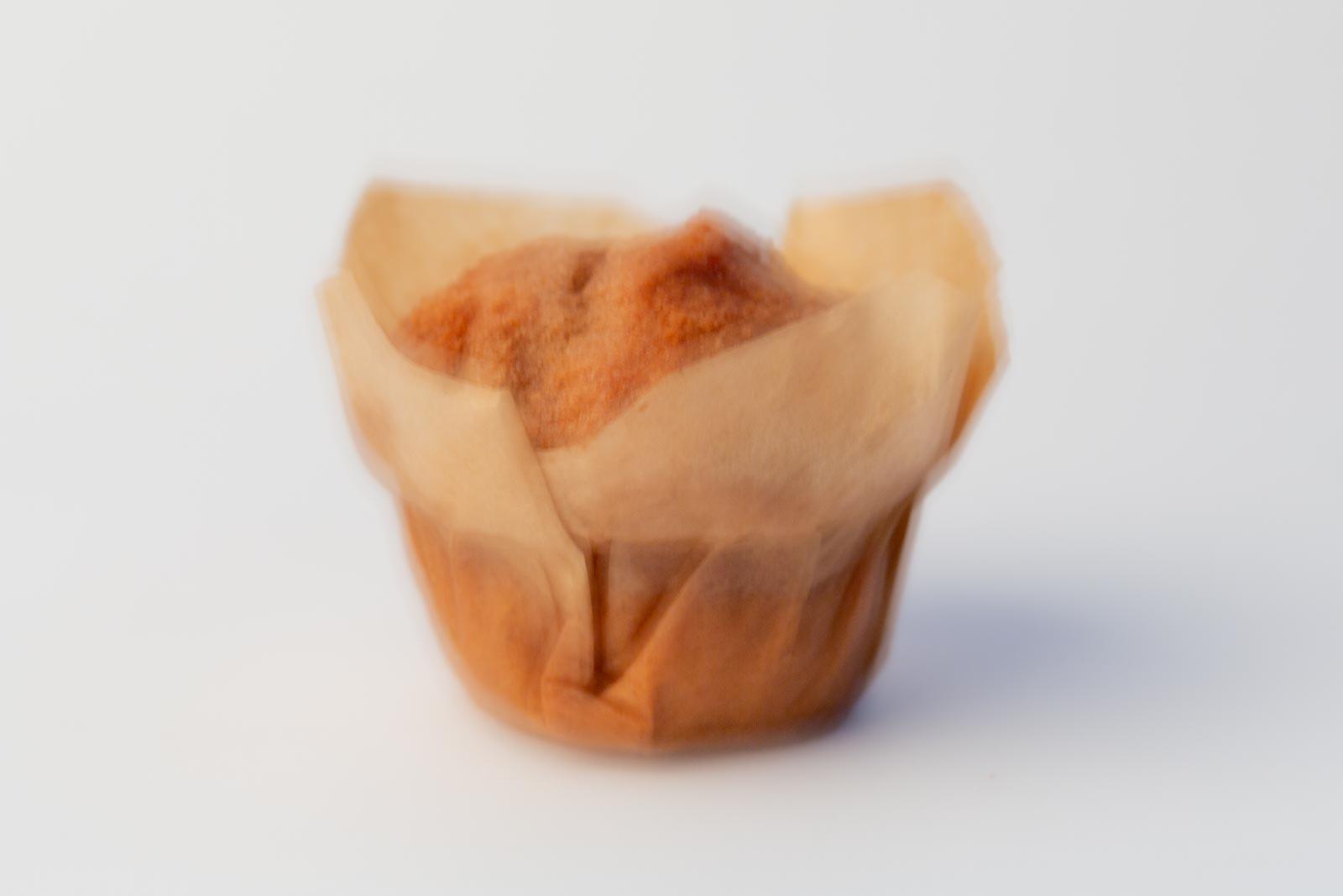 1 cupcake met bewegingsonscherpte